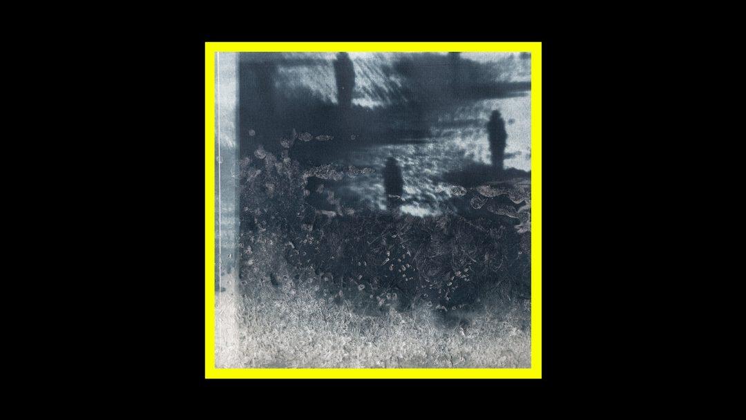 Quiet Clapping - MV Alta Radioaktiv